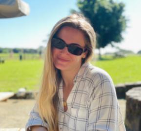 Ellie - Photo for website